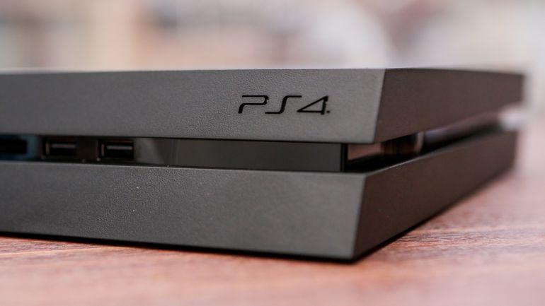У PlayStation 4 появятся профессиональные контроллеры