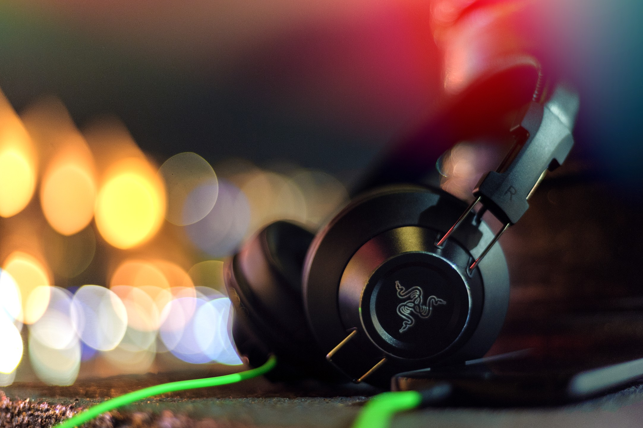 Огляд навушників Razer Adaro