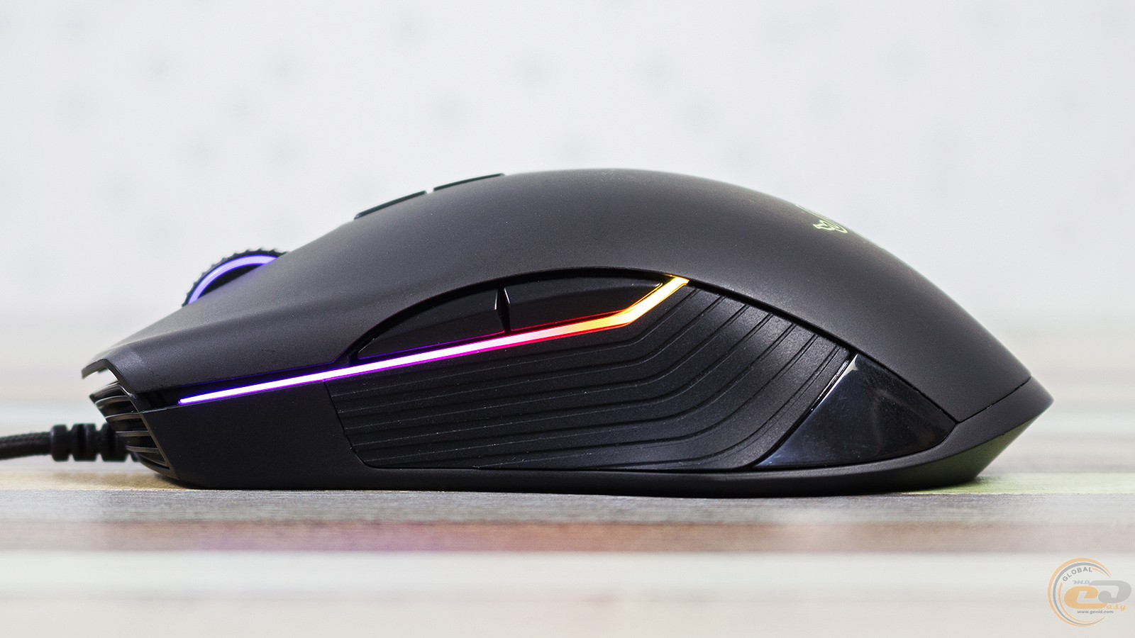 Razer Lancehead Tournament Edition вид слева