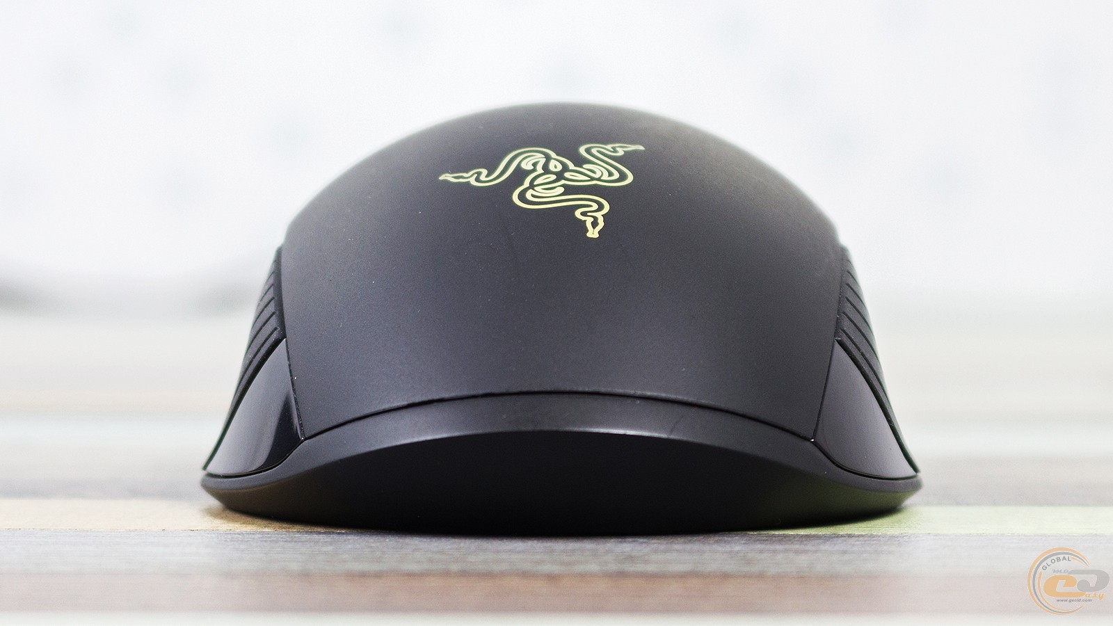 Razer Lancehead Tournament Edition вид спереди сзади