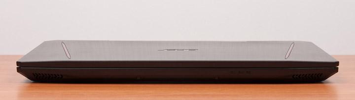 Acer Aspire VX15 вид спереди с закрытой крышкой