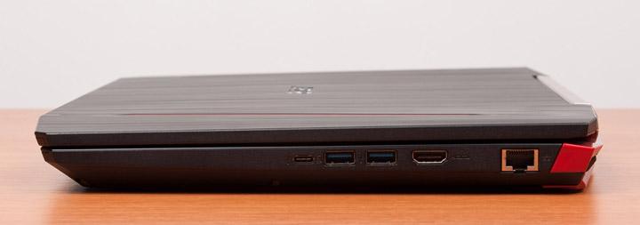 Acer Aspire VX15 вид справа с закрытой крышкой