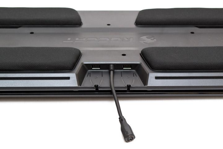 Roccat Sova вид на разьемы USB