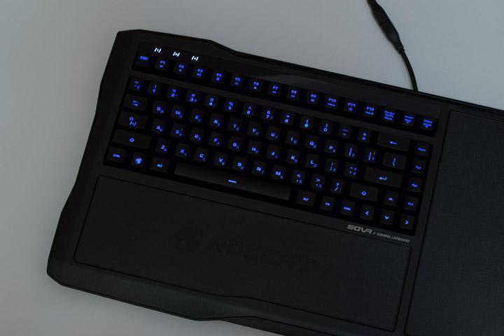 Roccat Sova подсветка клавиатуры