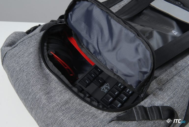 Acer Predator Gaming Rolltop Backpack карман 1