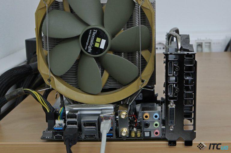 ASUS ROG STRIX Z370-I GAMING вид в сборе с комплектующими