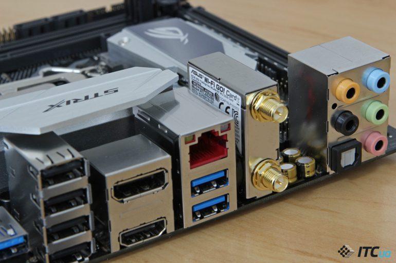 ASUS ROG STRIX Z370-I GAMING вид на сетевые разьемы