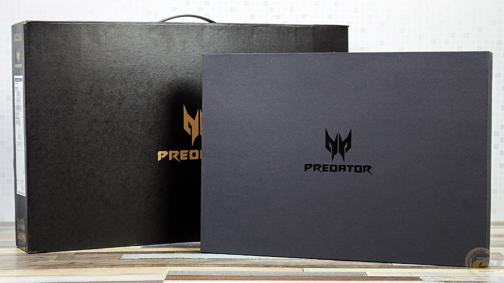 Acer Predator Helios 300 упаковка