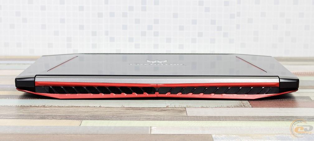 Acer Predator Helios 300 вид сзади в закрытом состоянии
