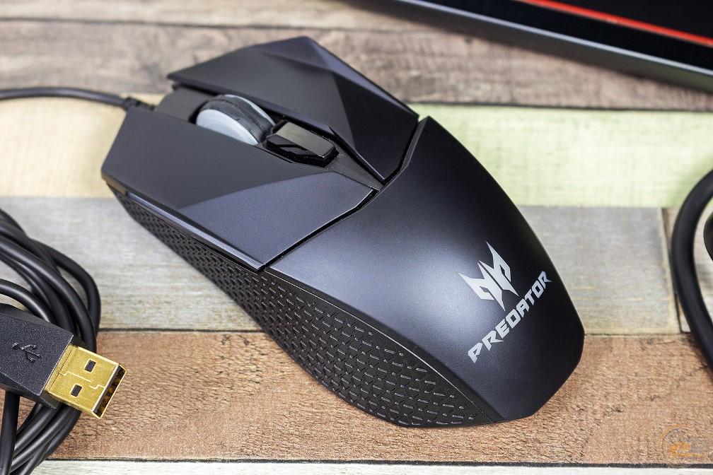 Acer Predator Cestus 300 вид сзади