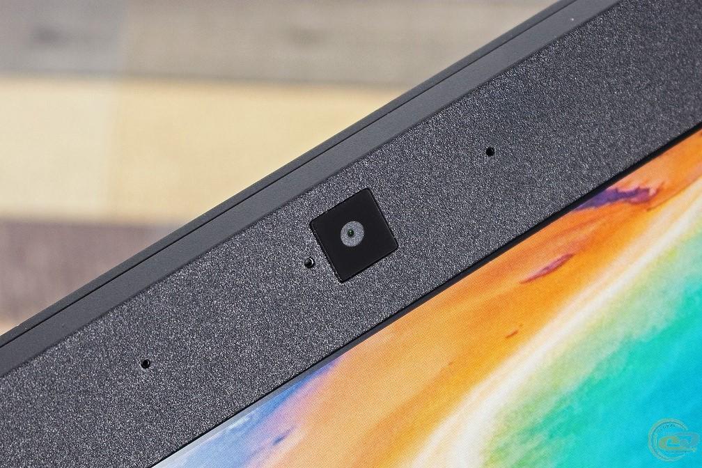 Acer Predator Helios 300 вебкамера