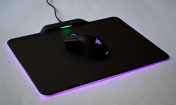 Razer Mamba HyperFlux коврик и мышь подсветка