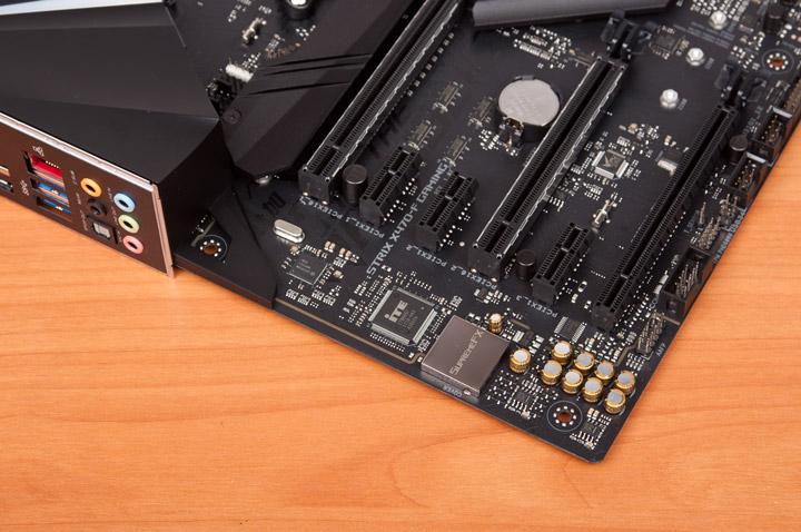 ASUS ROG Strix X470-F слоты PCI-E