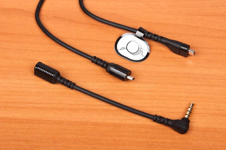 SteelSeries Arctis Pro полностью отключаемый кабель