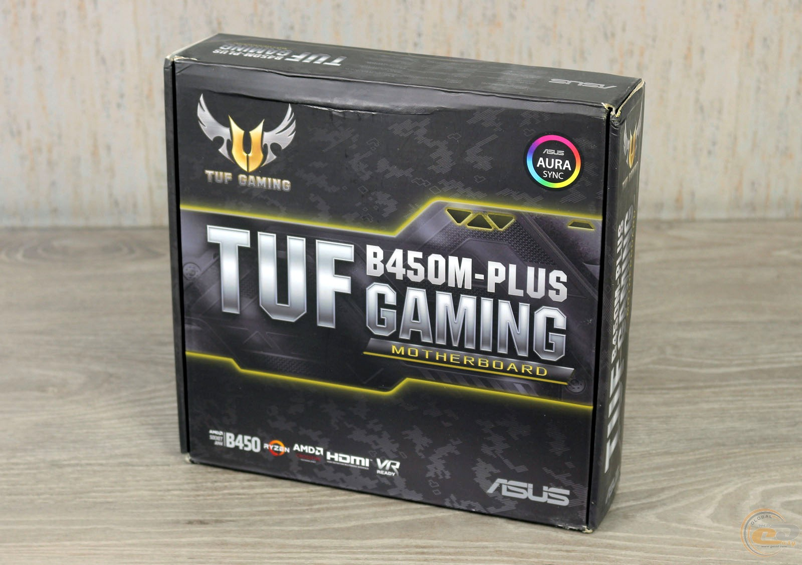 ASUS TUF B350M-PLUS GAMING упаковка