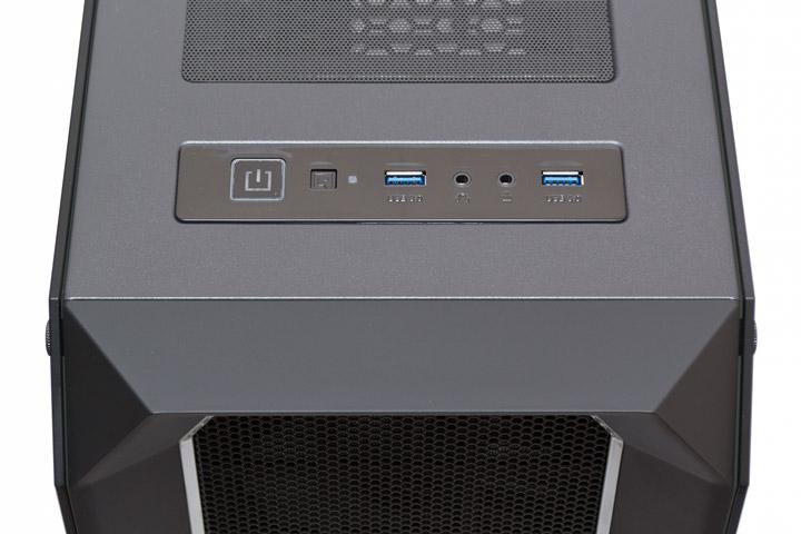 Aerocool P7-C0 Pro внешние порты