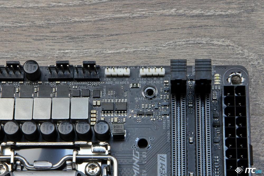 ASUS ROG STRIX Z390-I GAMING фото 9