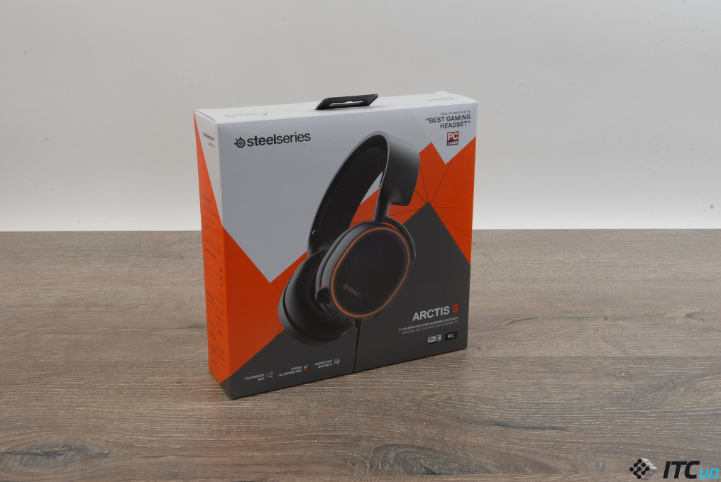 SteelSeries Arctis 5 упаковка