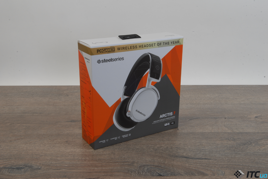 SteelSeries Arctis 7 упаковка