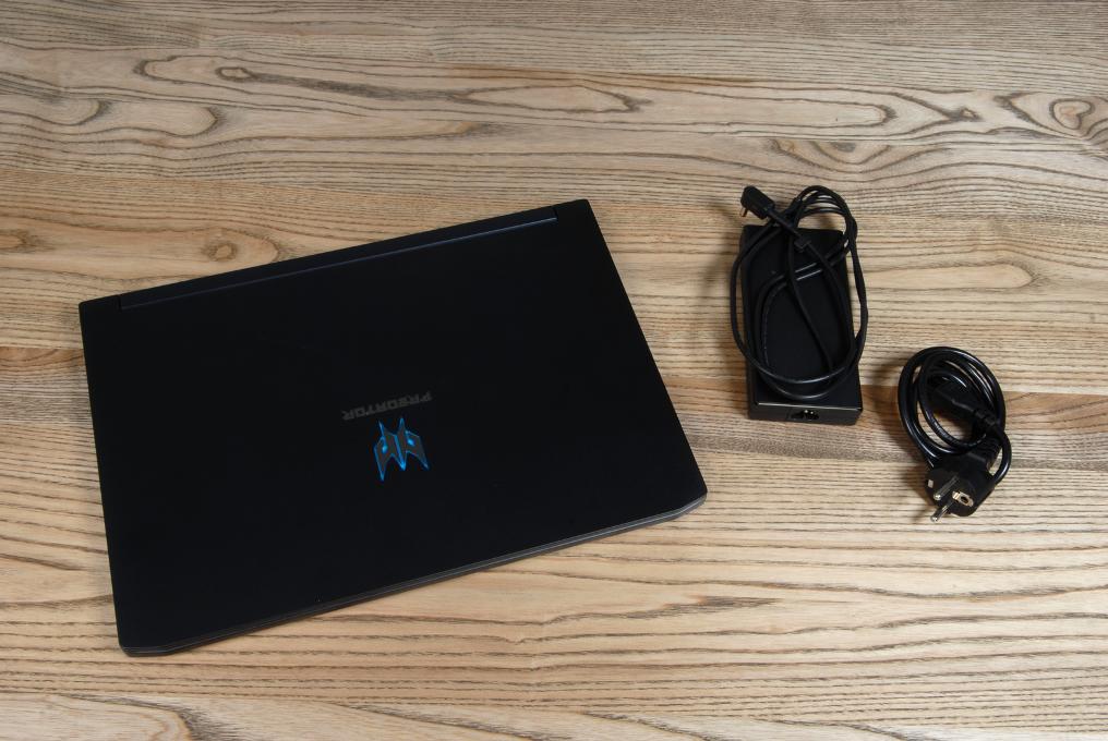 Acer Predator Triton 500 Комплектация