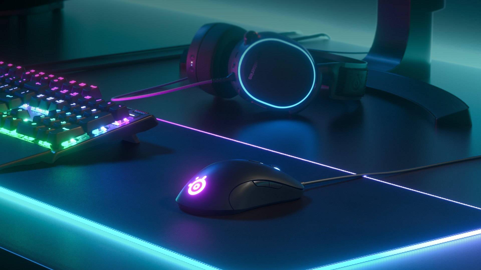 Мышь на рабочем столе