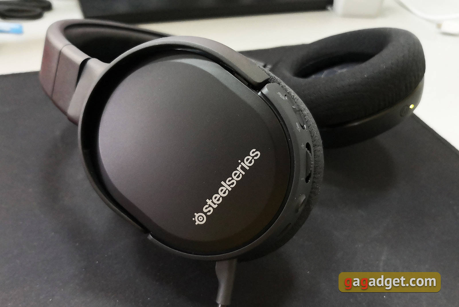 Гарнитура SteelSeries Arctis 1 Wireless. Фото 7