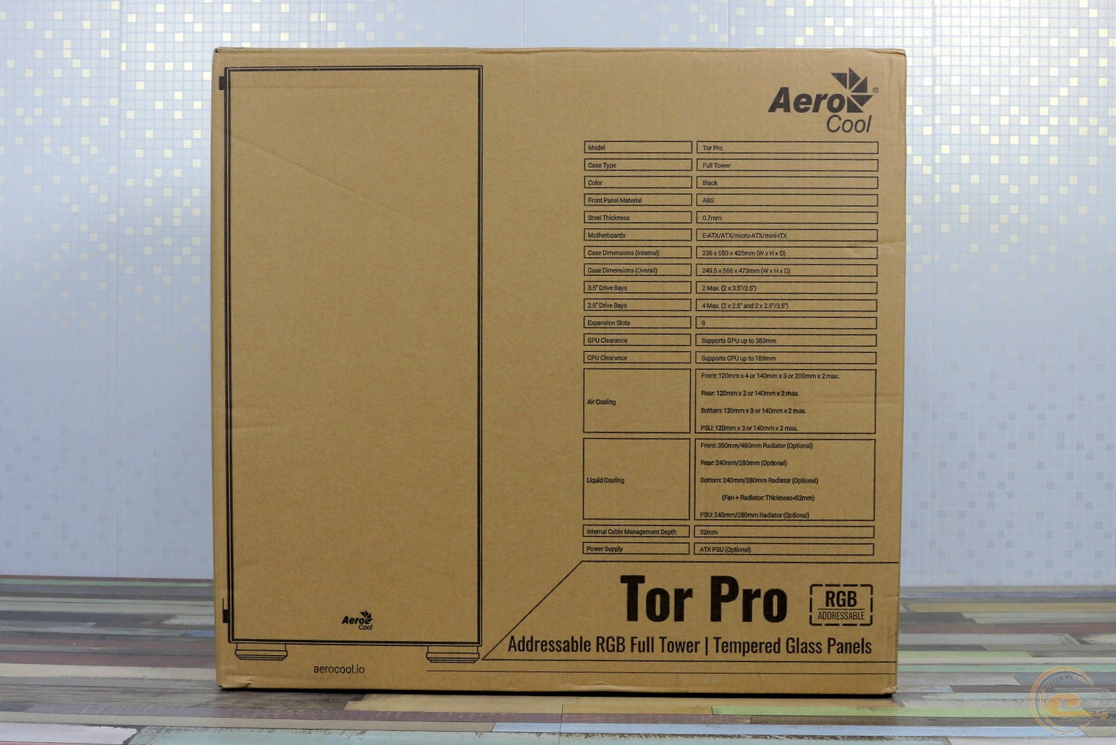 Коробка Aerocool Tor Pro. Фото 2
