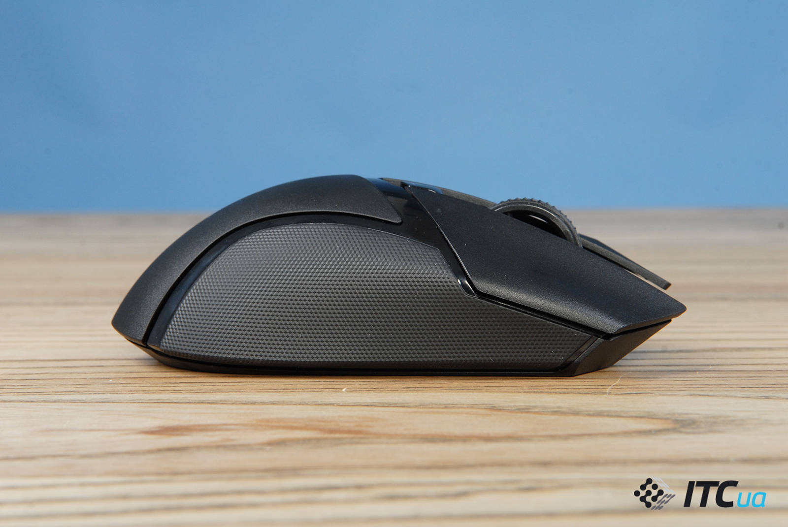 Мышка Razer Basilisk X HyperSpeed. Фото 9