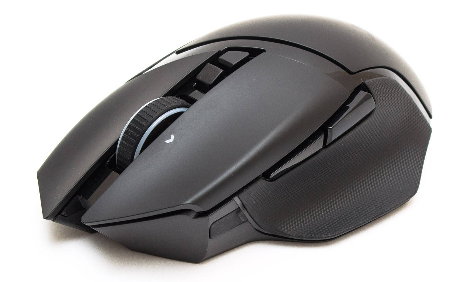 Мышь Razer Basilisk Ultimate. Фото 1