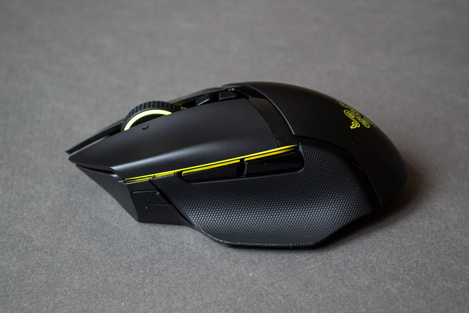 Мышь Razer Basilisk Ultimate. Фото 23