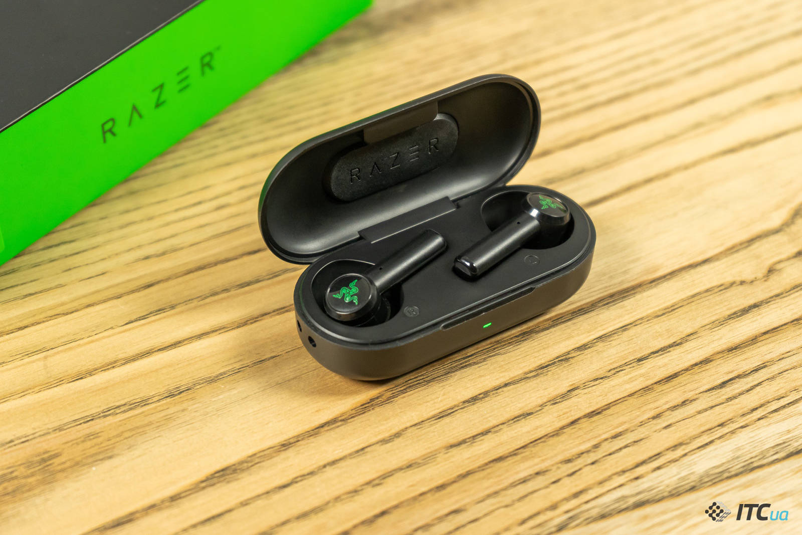 Гарнитура Razer Hammerhead True Wireless. Фото 1