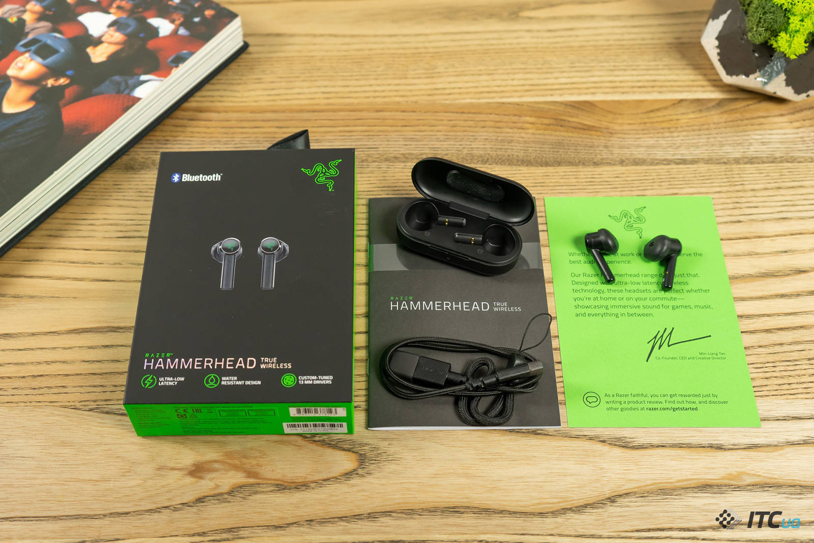 Гарнитура Razer Hammerhead True Wireless. Фото 2