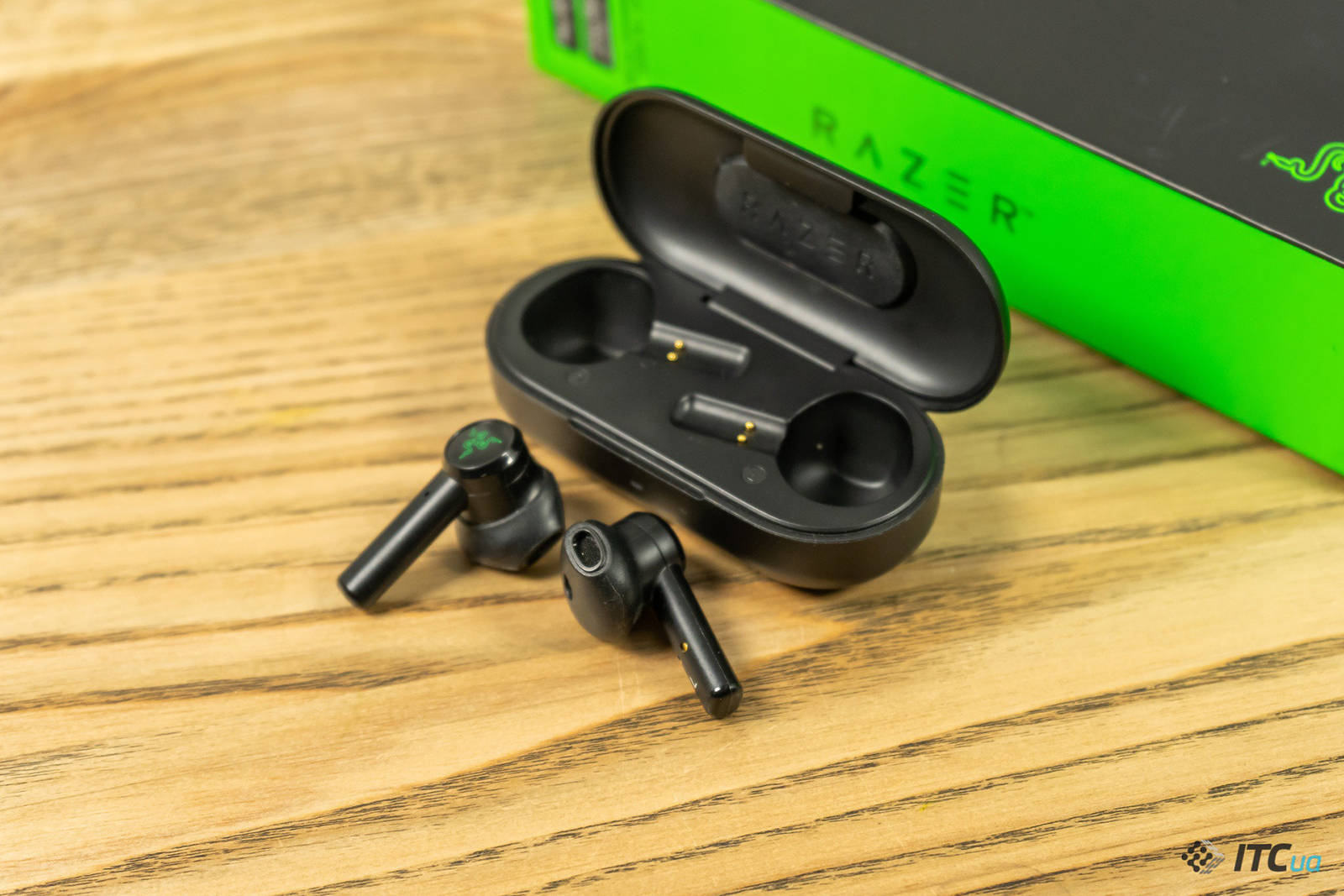 Гарнитура Razer Hammerhead True Wireless. Фото 9