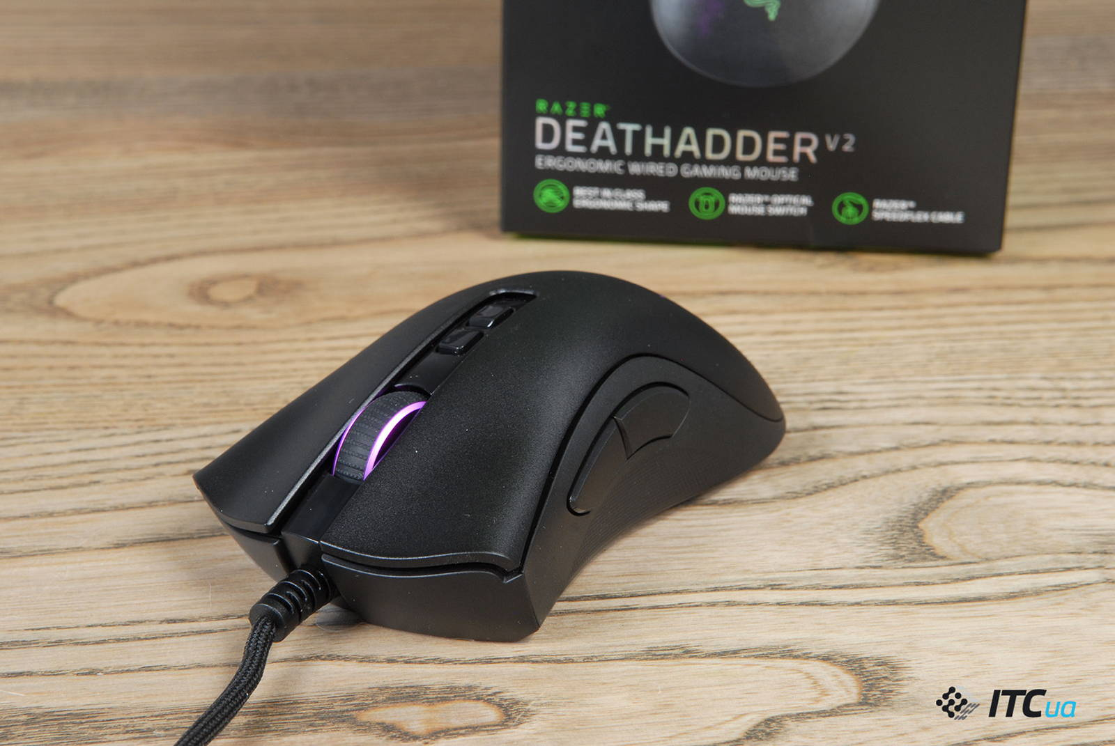 Мышка Razer DeathAdder V2. Фото 10