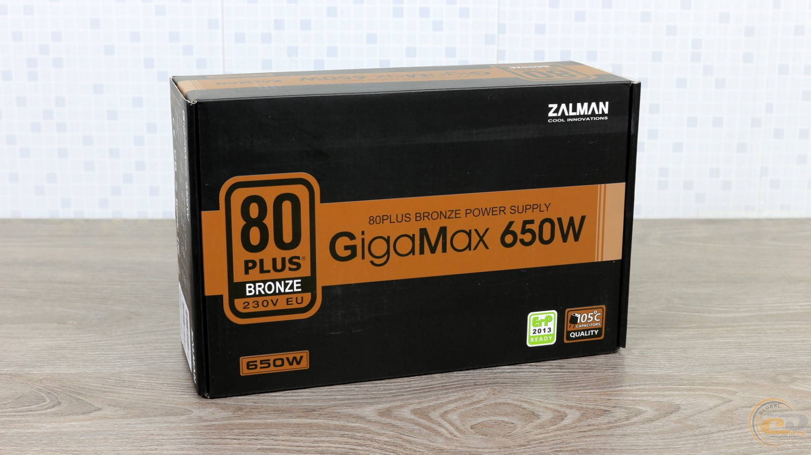 Блок питания Zalman GigaMax 650W. Фото 2