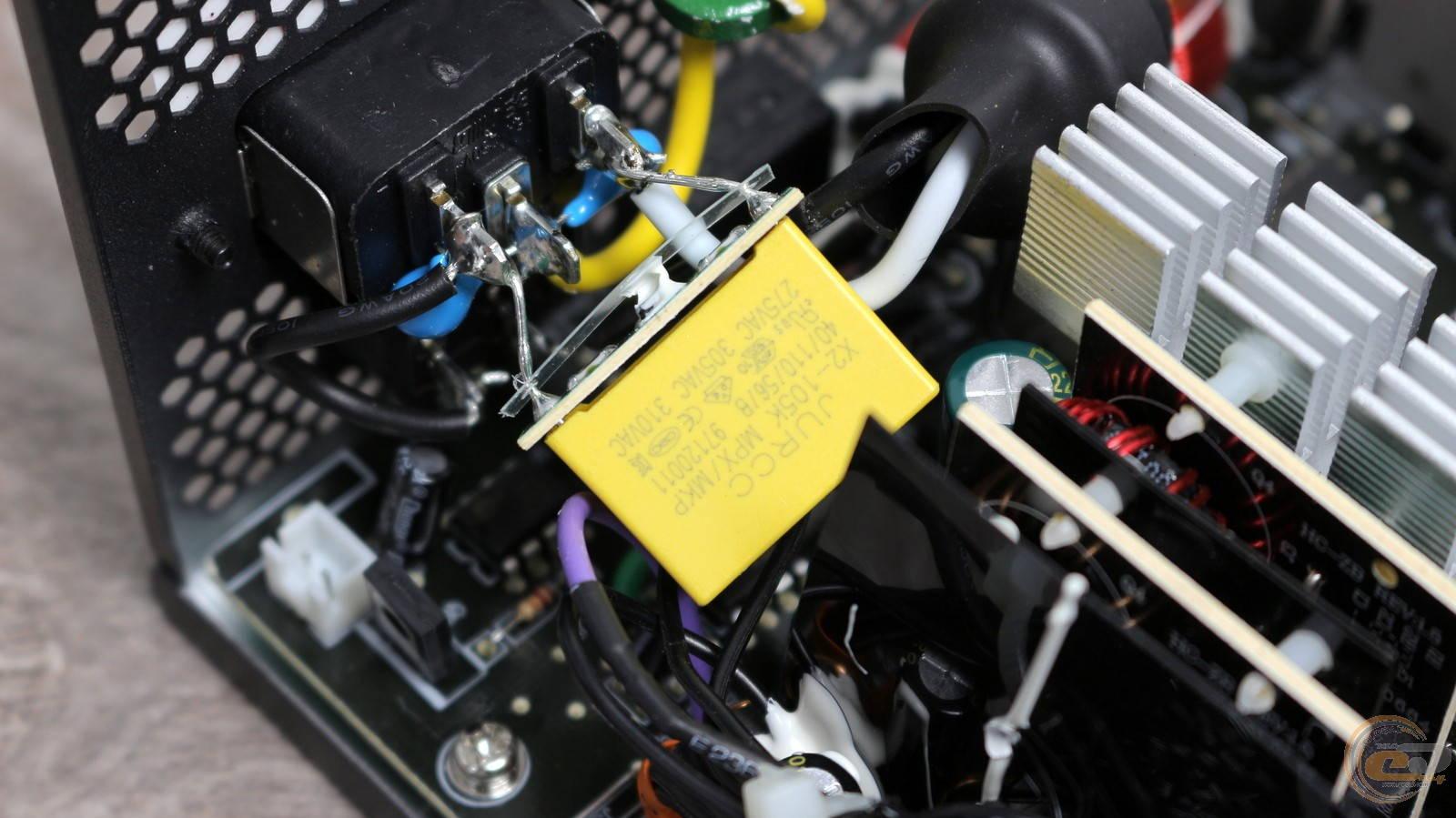 Блок питания Zalman GigaMax 650W. Фото 18