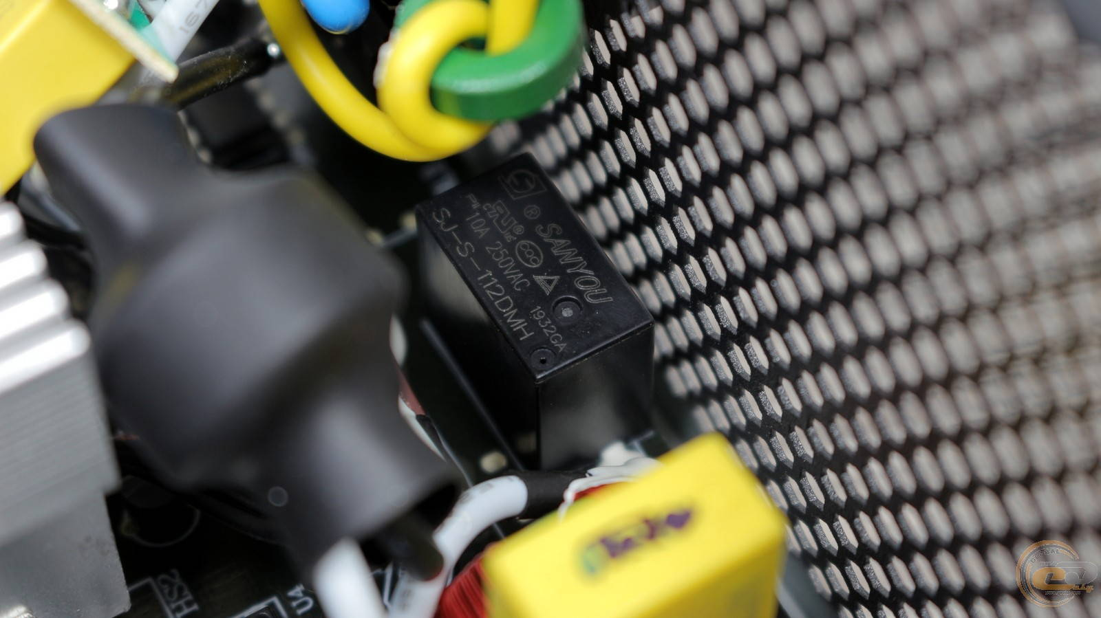 Блок питания Zalman GigaMax 650W. Фото 19