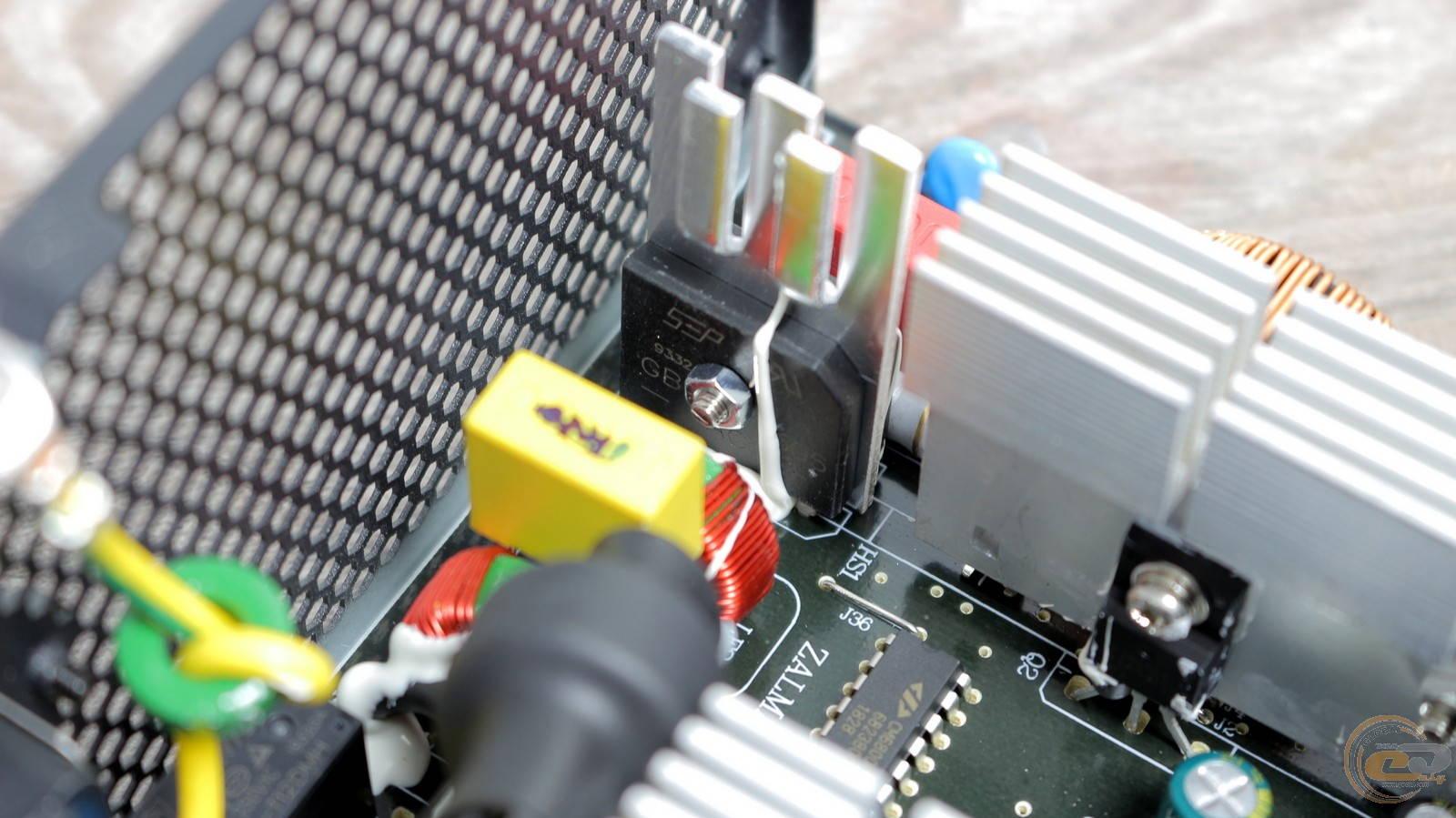Блок питания Zalman GigaMax 650W. Фото 20