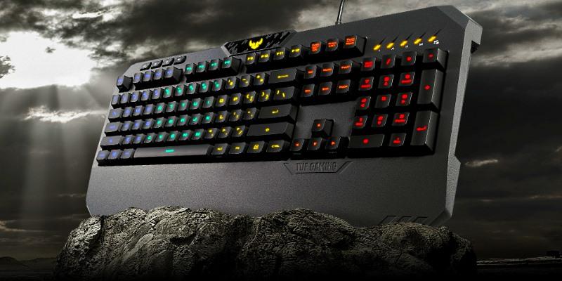 клавиатура в скале постер