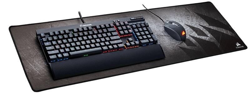 коврик с клавиатурой и мышкой