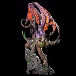 Blizzard World of Warcraft Illidan Statue (B62017)