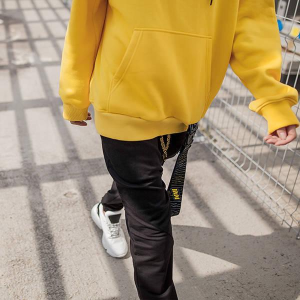 Худи желтого цвета