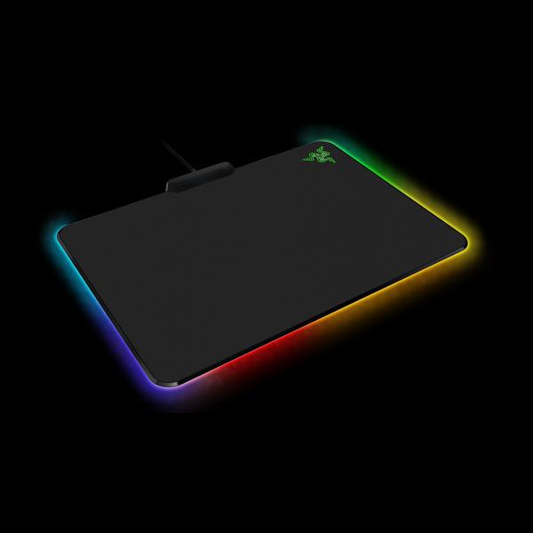 Razer Firefly Cloth (RZ02-02000100-R3M1) описание