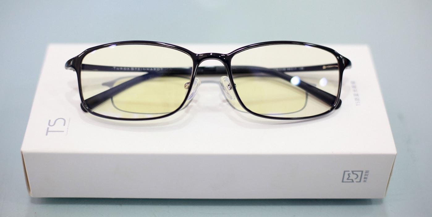 очки на упаковке